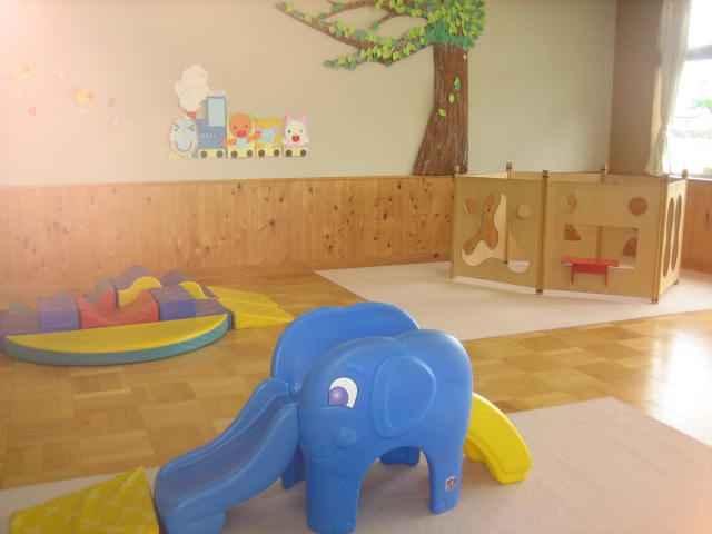 a la maison d 39 enfants quand il pleut coucou du japon. Black Bedroom Furniture Sets. Home Design Ideas